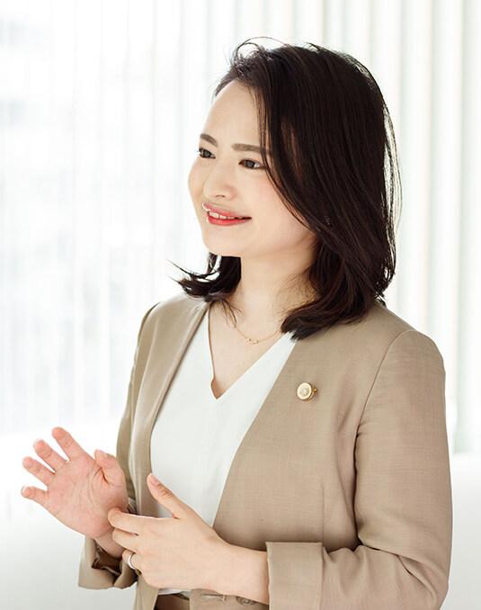 弁護士坂口香澄